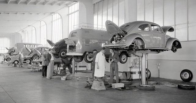 Robotter overtager den moderne bilproduktion